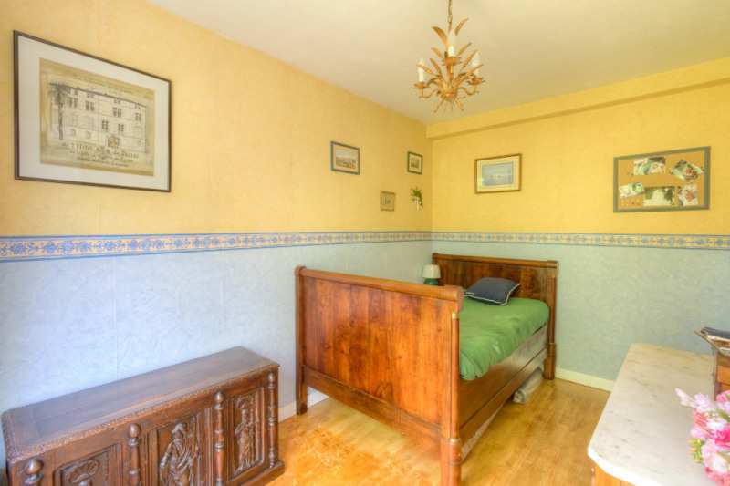 Deluxe sale apartment Chatou 356 000€ - Picture 9