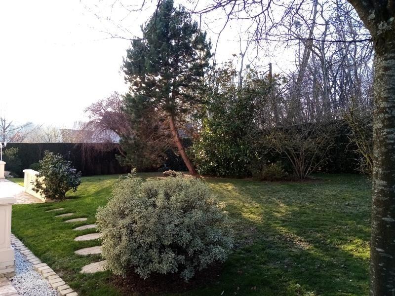 Sale house / villa Forges les bains 680000€ - Picture 3