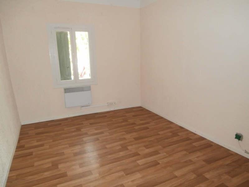 Verhuren  appartement Entressen 780€ CC - Foto 3