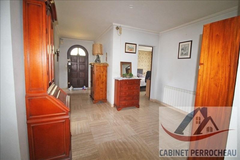 Sale house / villa La chartre sur le loir 134000€ - Picture 4