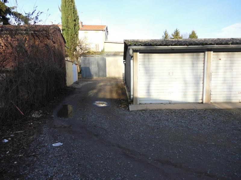 Location parking L'arbresle 56€ CC - Photo 1