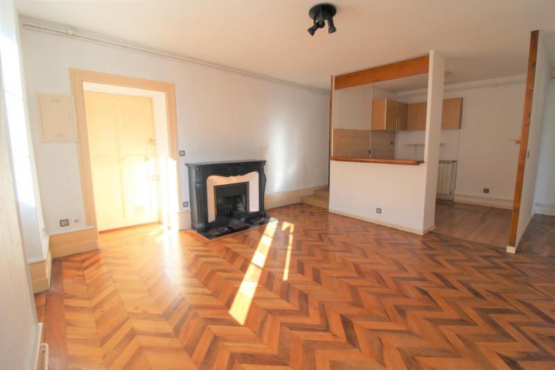 Verkoop  appartement Voiron 135000€ - Foto 2