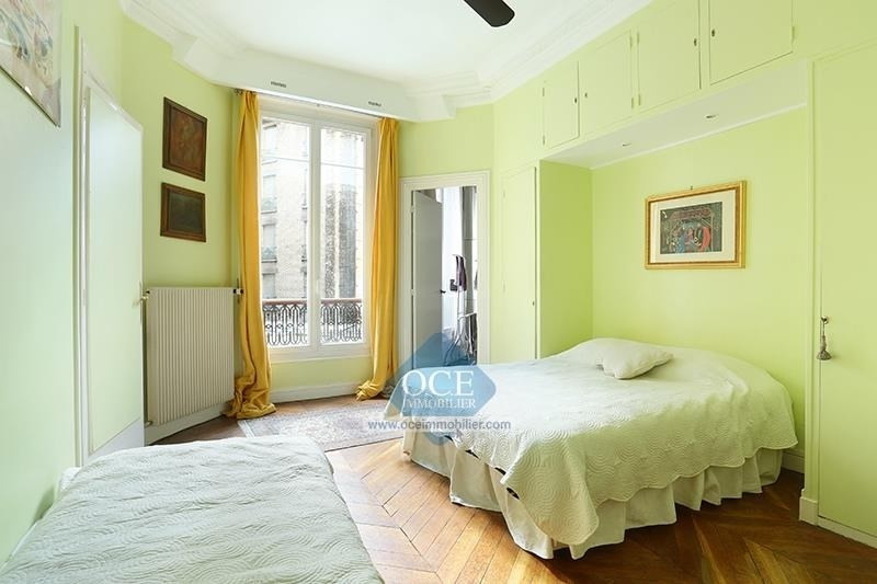 Deluxe sale apartment Paris 11ème 1 290 000€ - Picture 10