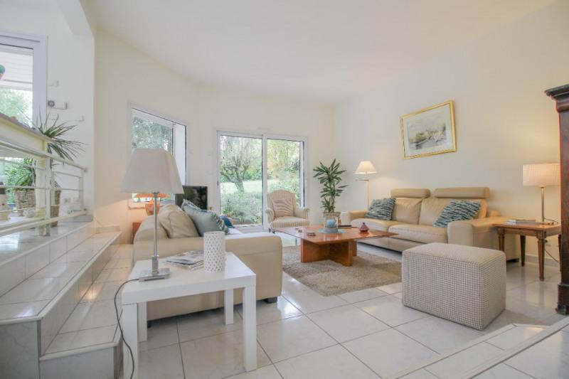 Deluxe sale house / villa Brison saint innocent 735000€ - Picture 2