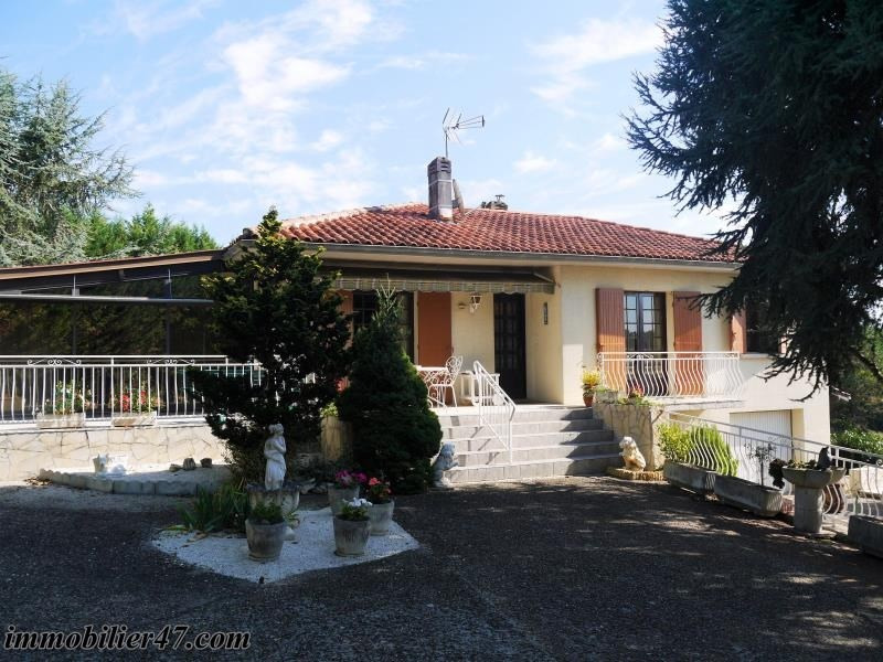 Sale house / villa Bazens 198 000€ - Picture 1