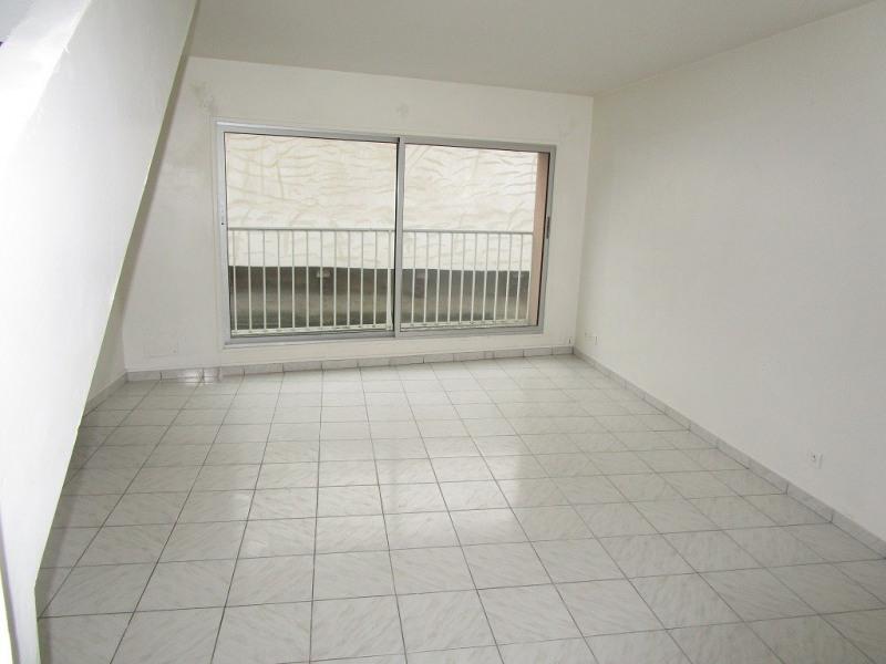 Verkoop  huis Nogent le roi 102800€ - Foto 1