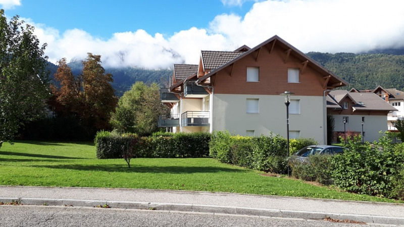 Rental apartment Doussard 717€ CC - Picture 1