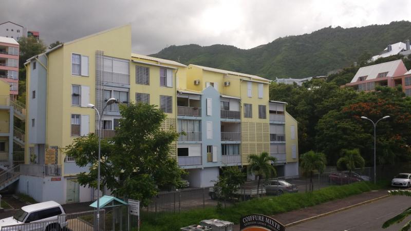 Location appartement St denis 760€ CC - Photo 2