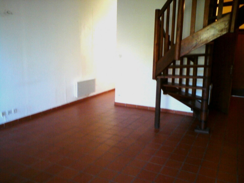 Location appartement Vallon-pont-d'arc 425€ CC - Photo 4