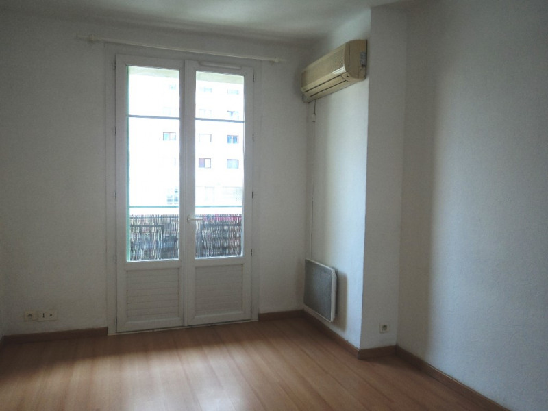 Locação apartamento Toulon 550€ CC - Fotografia 3