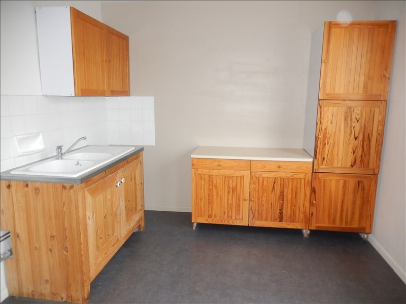 Rental apartment Le puy en velay 576,79€ CC - Picture 1