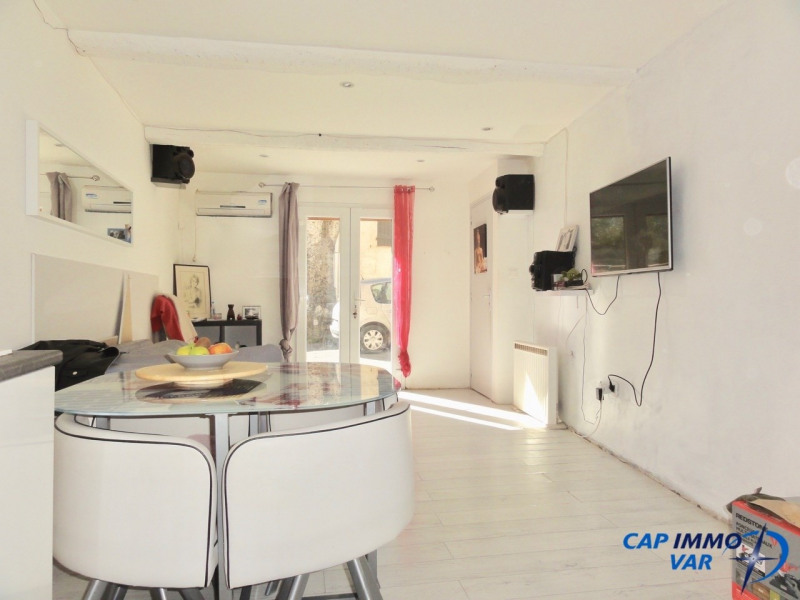 Vente maison / villa Signes 169 000€ - Photo 2