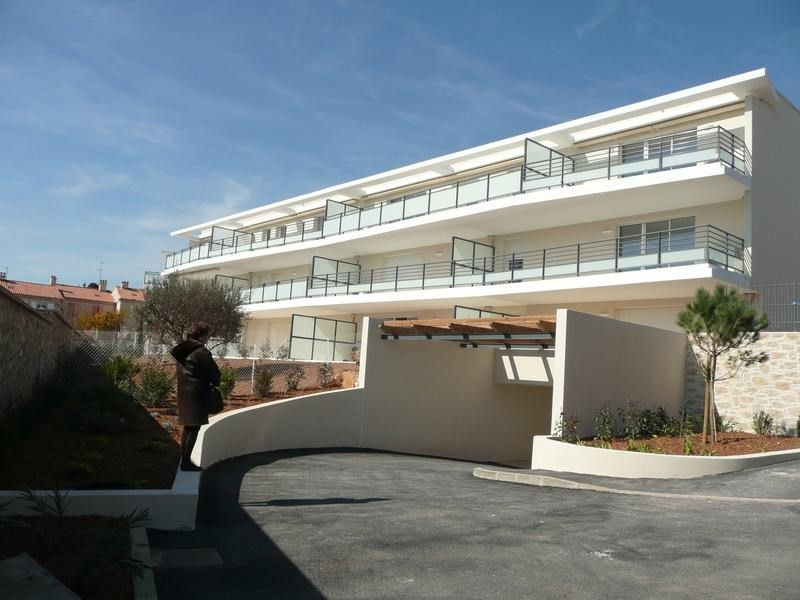 Vacation rental apartment Bandol 610€ - Picture 1