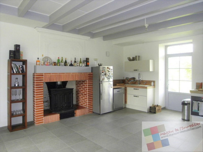 Location maison / villa Cherves richemont 1036€ CC - Photo 2