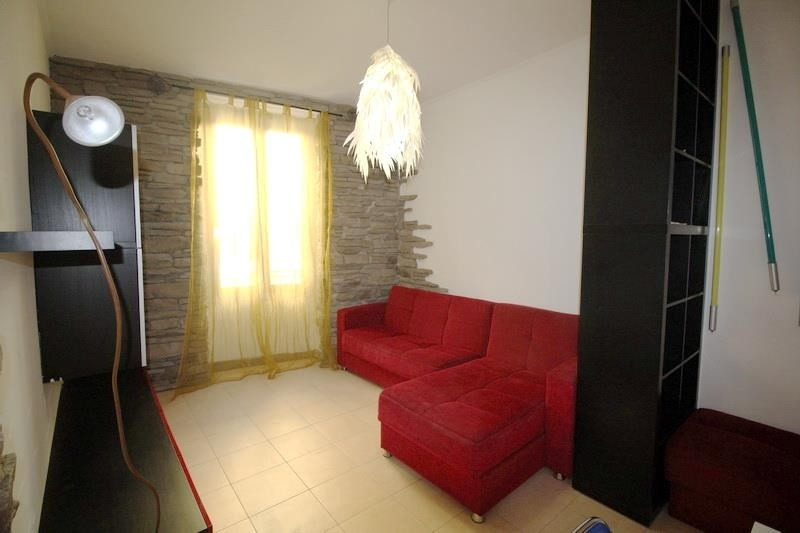 Rental apartment Nice 980€ CC - Picture 3