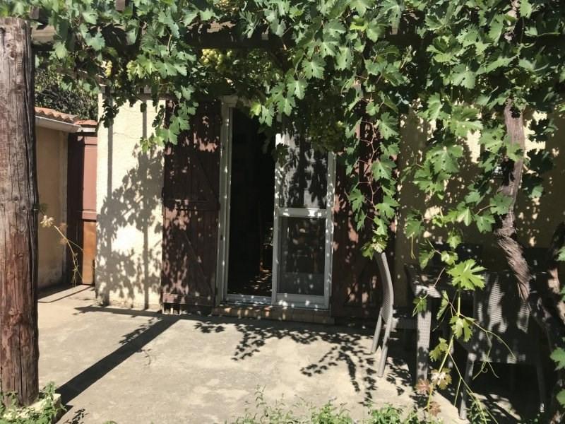 Sale house / villa Fourques 265000€ - Picture 2