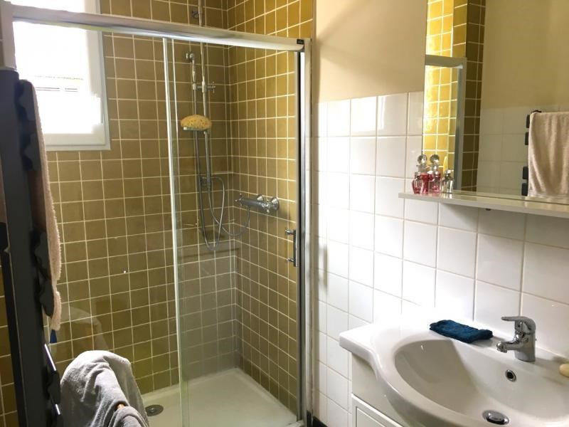 Sale house / villa Mael carhaix 137500€ - Picture 6