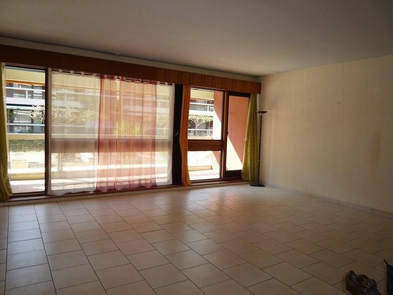 Sale apartment Orange 146000€ - Picture 2
