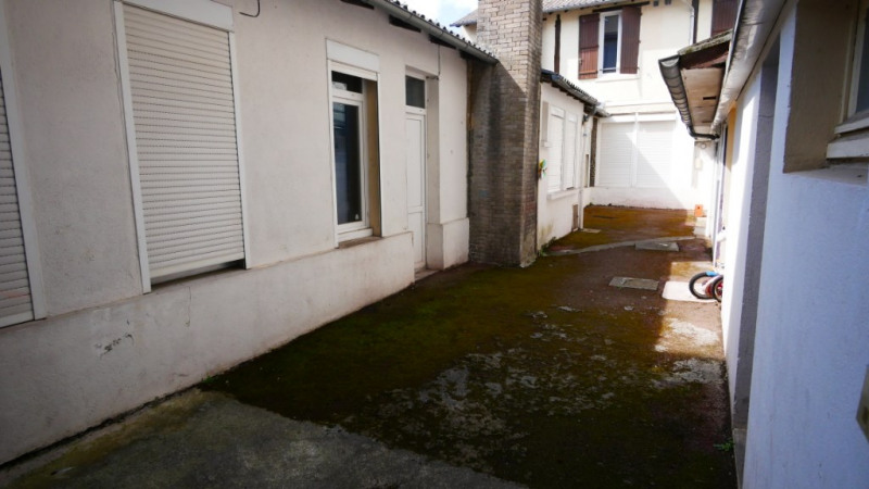 Investment property building Limoges 298000€ - Picture 2