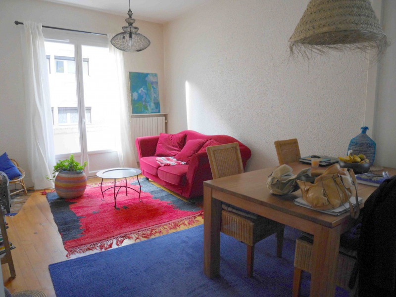 Sale apartment Annecy 270000€ - Picture 2