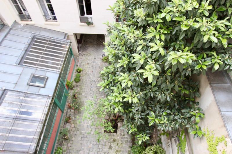 Sale apartment Paris 10ème 269000€ - Picture 11