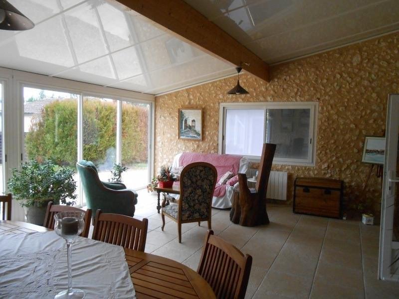 Sale house / villa St martin de coux 198000€ - Picture 6