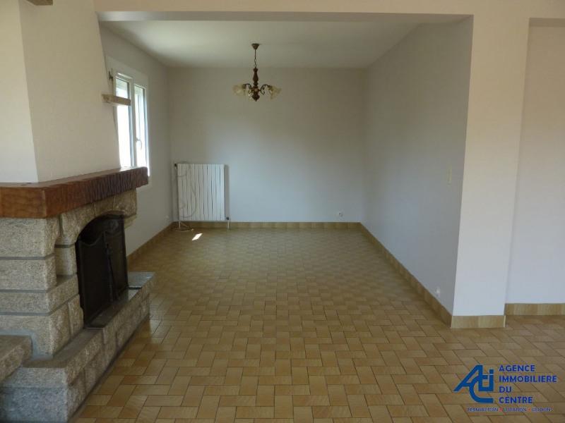Rental house / villa Cleguerec 623€ CC - Picture 5