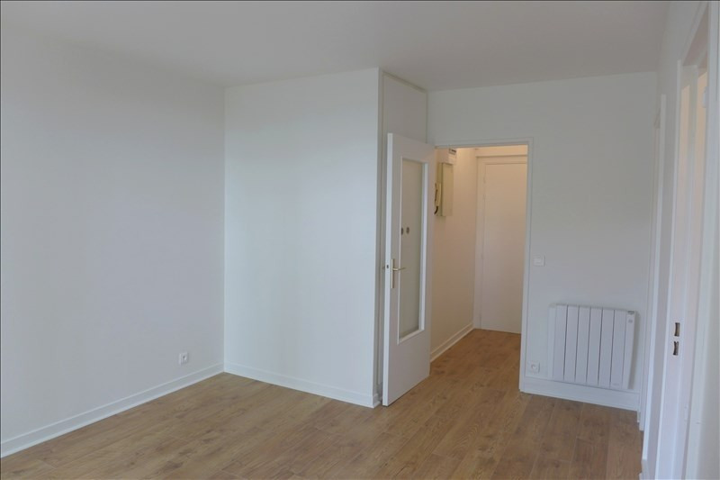 Location appartement Garches 650€ CC - Photo 2