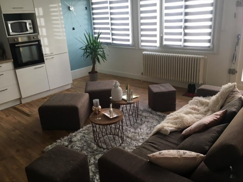 Sale apartment Bordeaux 298 000€ - Picture 2