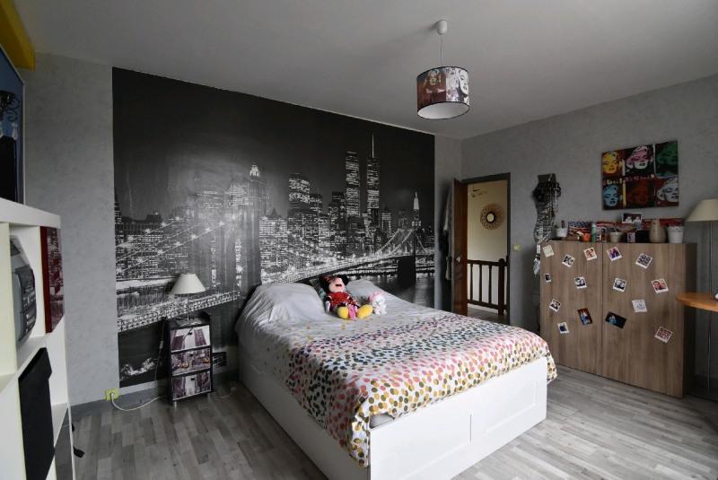 Sale house / villa Bornel 265000€ - Picture 1