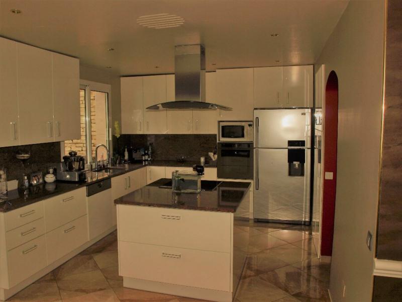 Vente maison / villa Noisy le grand 590000€ - Photo 3