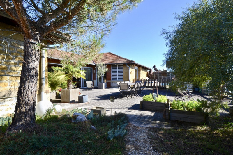 Deluxe sale house / villa Charlieu 595 000€ - Picture 4