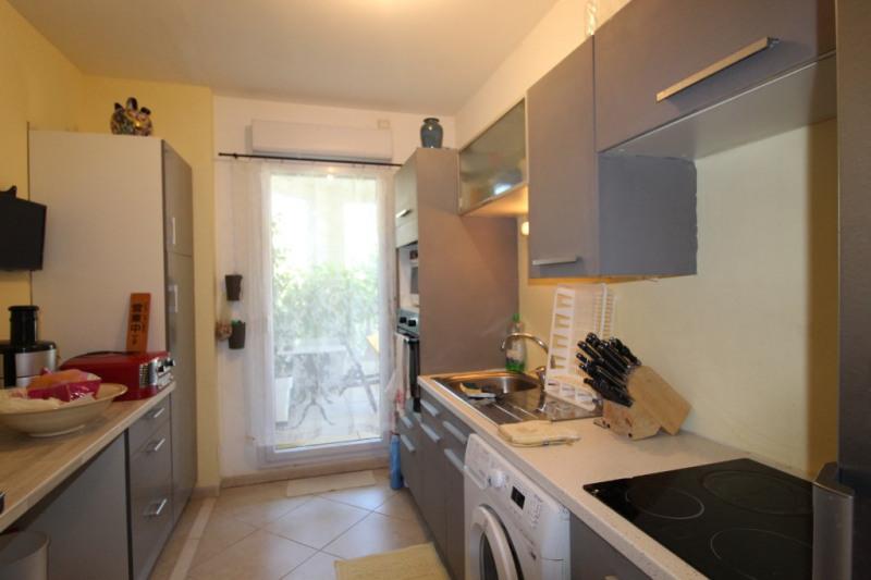 Venta  apartamento Hyeres 372700€ - Fotografía 6