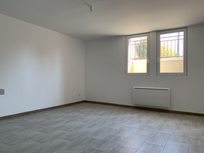 Location appartement Montlhéry 695€ CC - Photo 2
