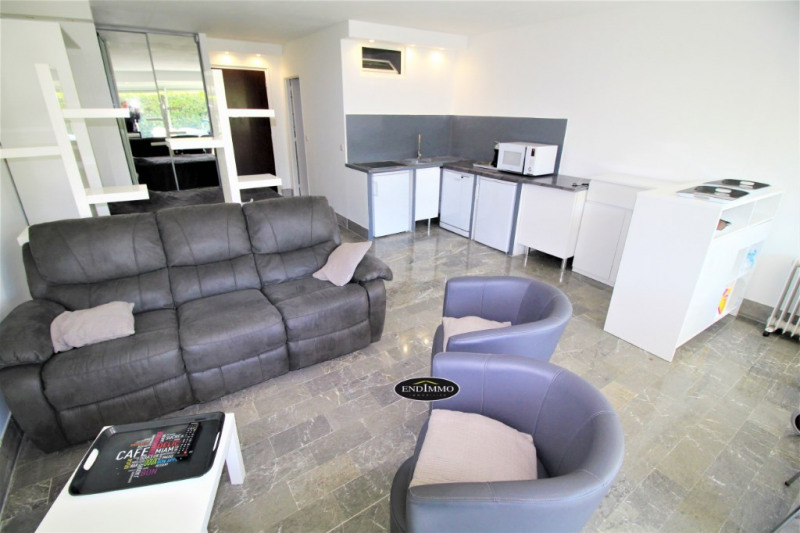 Sale apartment Saint laurent du var 350 000€ - Picture 3