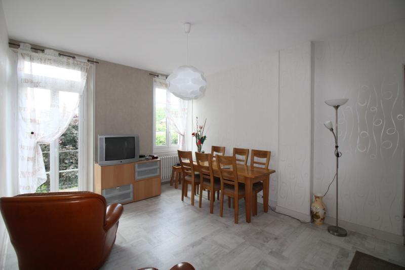 Vente maison / villa St genix sur guiers 272000€ - Photo 2