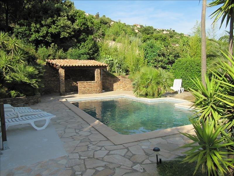 Deluxe sale house / villa Cavalaire sur mer 725000€ - Picture 9