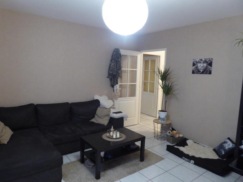 Location appartement Dijon 572€ CC - Photo 1