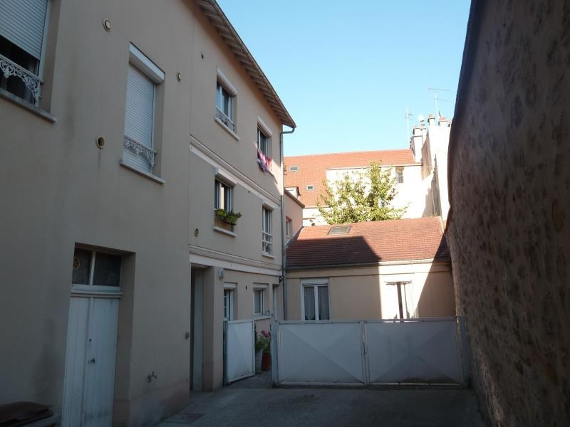 Rental apartment Meulan 705€ CC - Picture 1