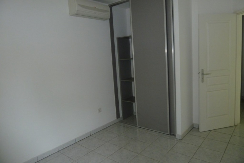 Location appartement Ravine des cabris 503€ CC - Photo 4