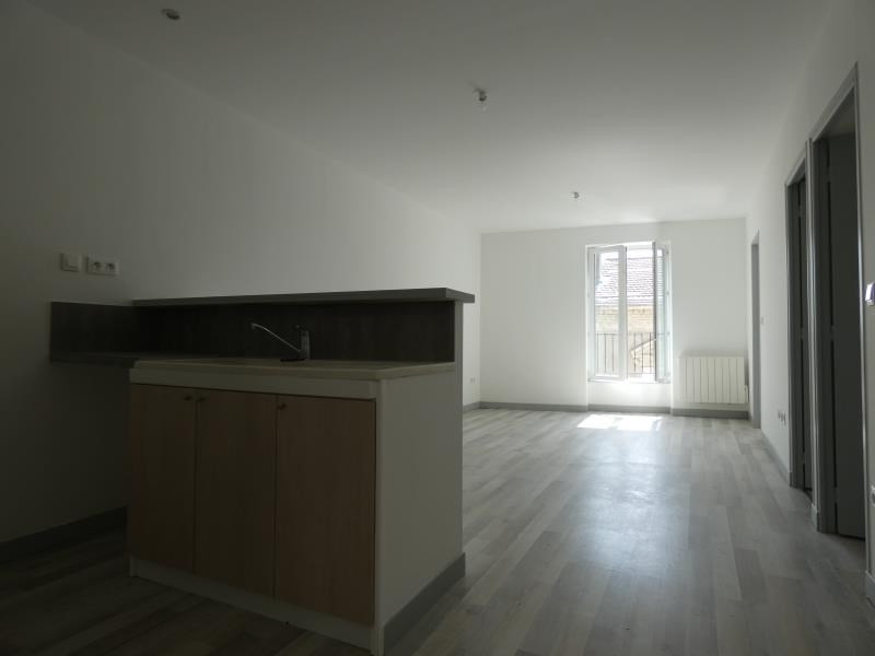 Location appartement Le teil 430€ CC - Photo 1