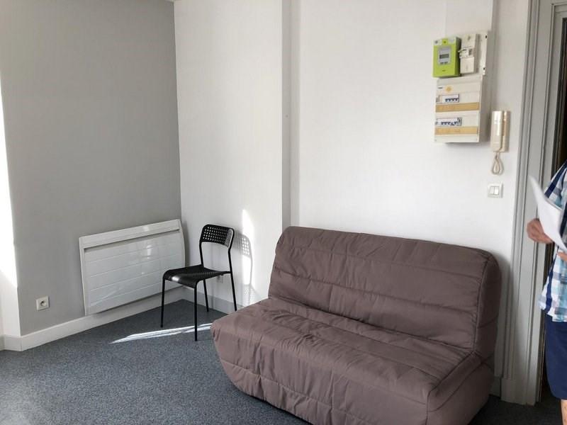 Location appartement Châlons-en-champagne 350€ CC - Photo 2