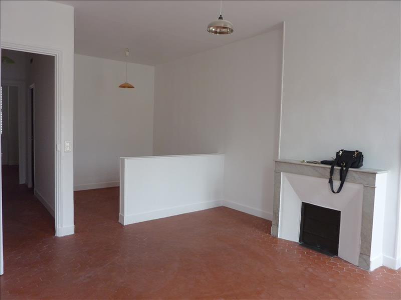 Rental apartment Marseille 6ème 595€ CC - Picture 2