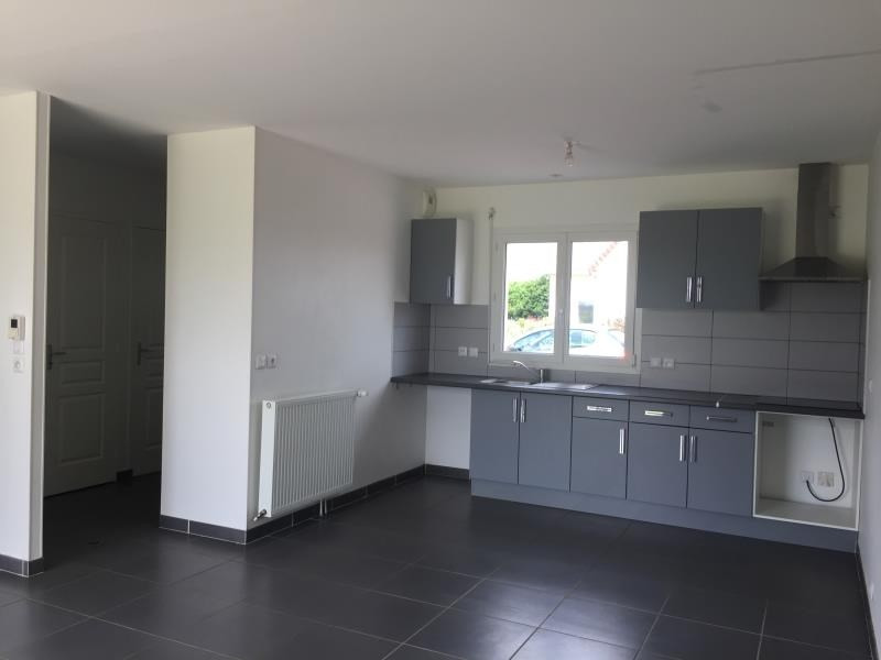 Rental house / villa St manvieu norrey 850€ CC - Picture 1