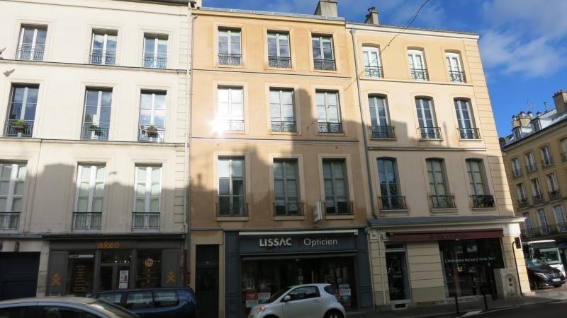 Location appartement Versailles 720€ CC - Photo 1