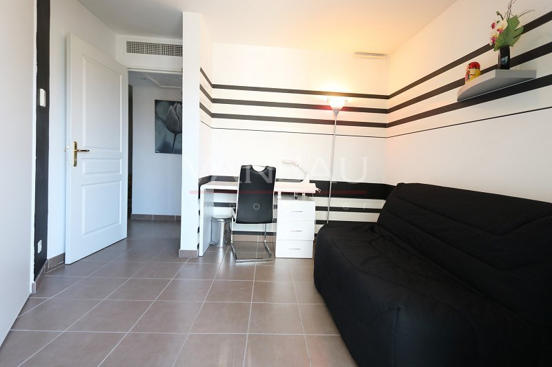 Vente de prestige appartement Juan-les-pins 377000€ - Photo 10
