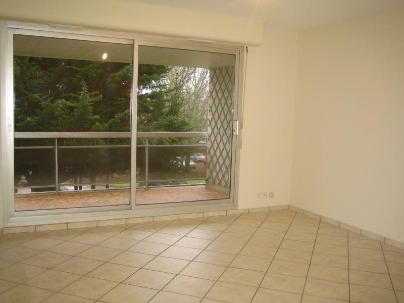 Location appartement Vannes 450€ CC - Photo 1