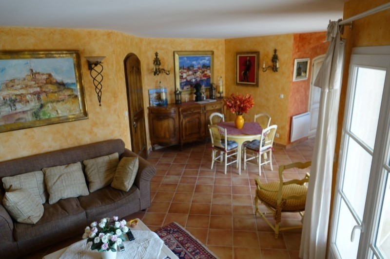Vente maison / villa Bormes les mimosas 675000€ - Photo 3