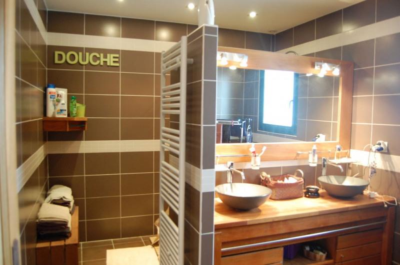 Sale house / villa Villedoux 420000€ - Picture 4