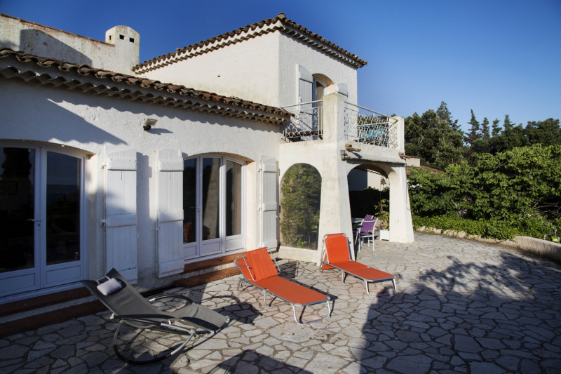 Vacation rental house / villa Les issambres 1 450€ - Picture 12